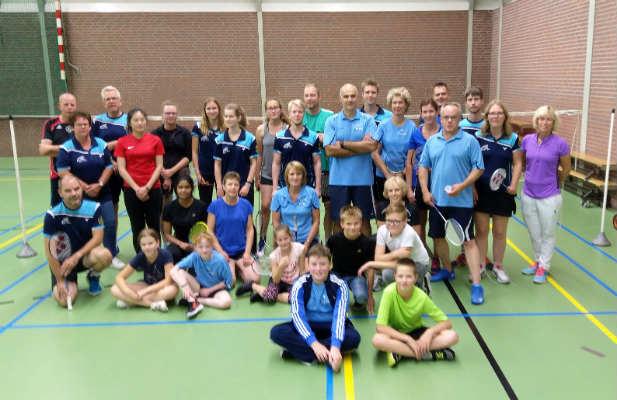 gezamenlijke training badminton